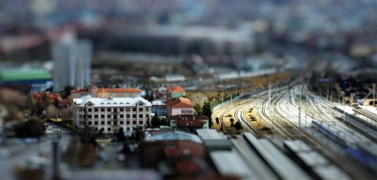 Ankara Fake Tilt Shift 550x263 Comment créer des photos en miniatures : Tilt Shift