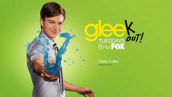 wallpaper glee chris colfer kurt hummel 550x309 15 nouveaux Wallpaper pour la série Glee [HD]