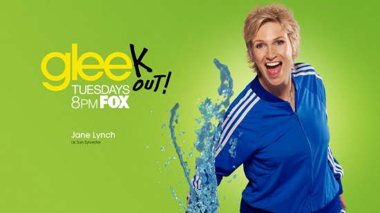 wallpaper glee jane lynch sue sylvester 550x309 15 nouveaux Wallpaper pour la série Glee [HD]