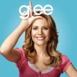 wallpaper-glee-jessalyn-gilsig-teri-schuester
