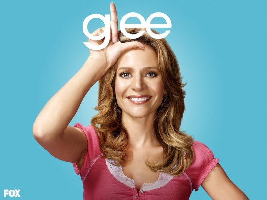 wallpaper glee jessalyn gilsig teri schuester1 550x412 16 superbes Wallpaper des acteurs de la série Glee [HD]