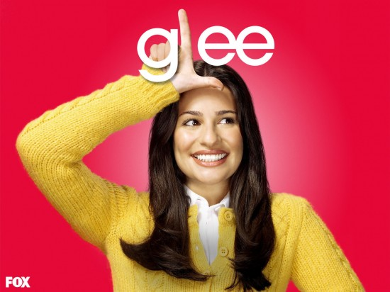 wallpaper glee lea michele rachel berry1 550x412 16 superbes Wallpaper des acteurs de la série Glee [HD]